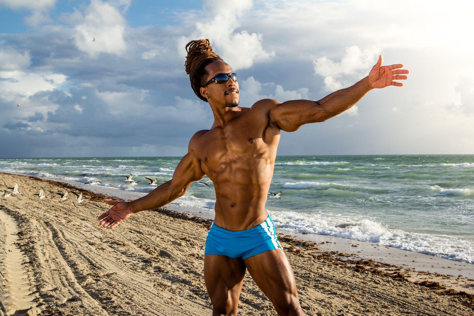 vegan bodybuilding Torre Washington vegan diet (1800×1200) | Corpo ...